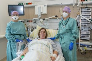COVID-19: Behandlung mit Remdesivir erfolgreich